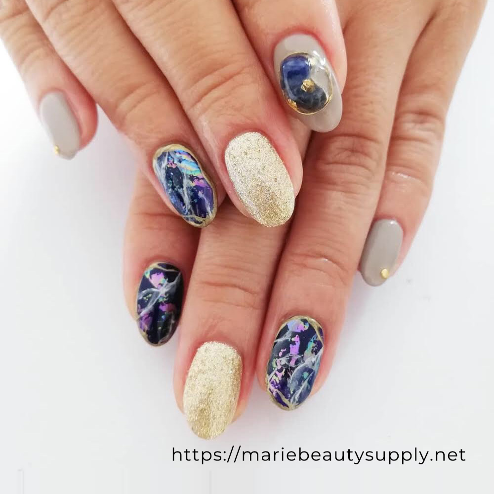 Mysterious Galaxy Nails.