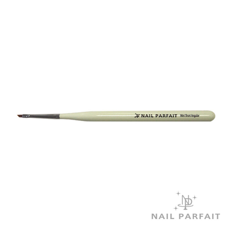 Nail Parfait Nini Short Angular Brush
