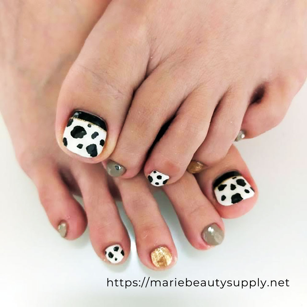 Cow Pattern Pedicure.