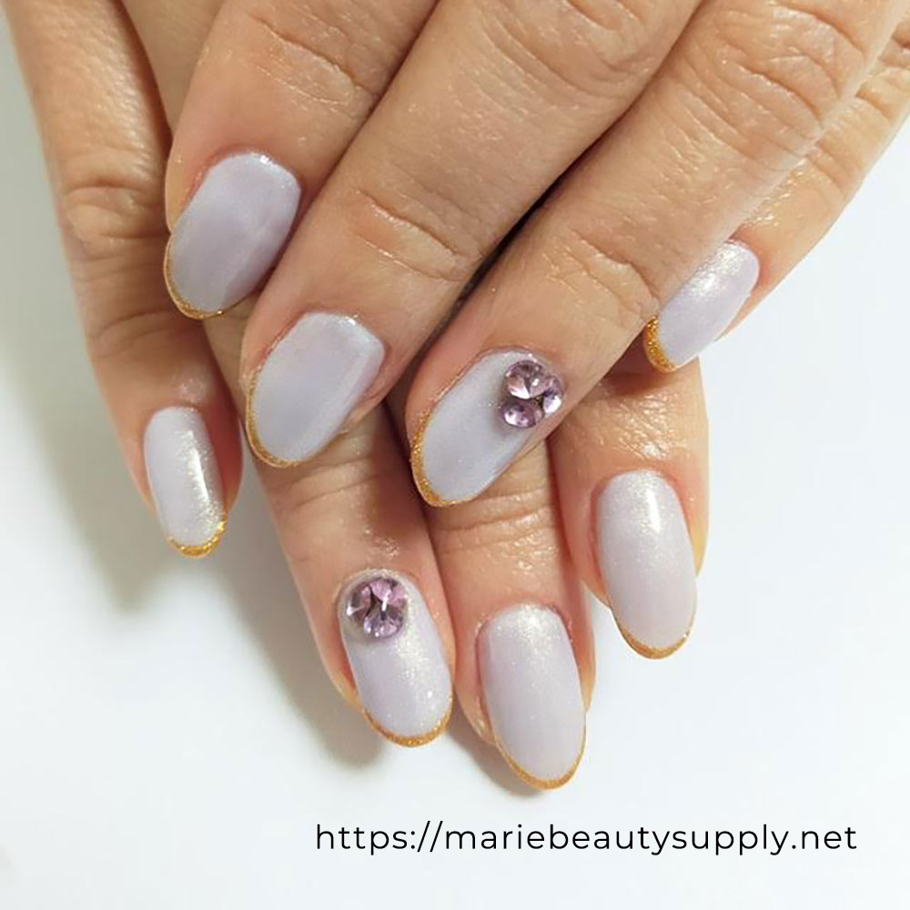 Simple V-Cut Stone Nails.
