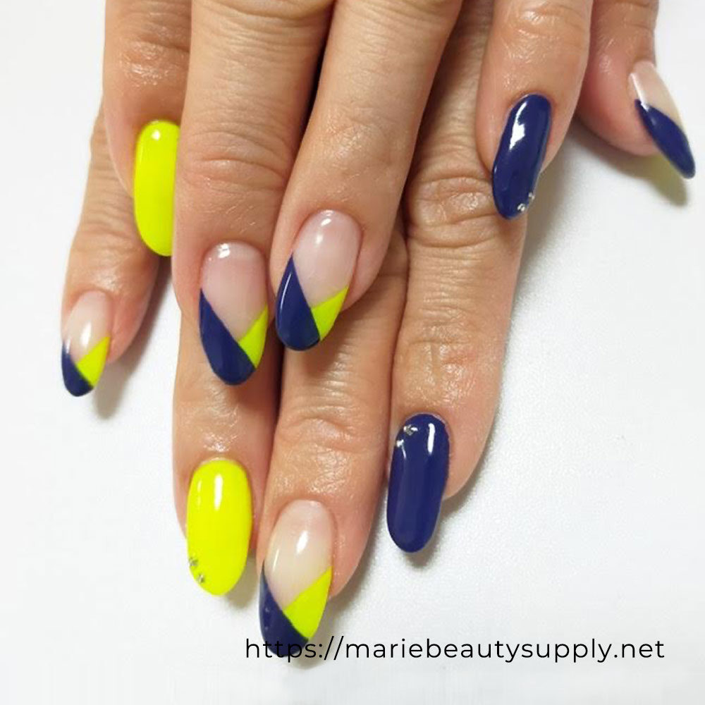Neon Color x Dark Color French Nails.