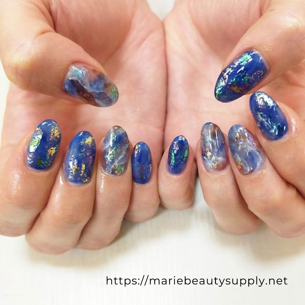 Clear Nuance Nails.